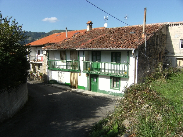 Compra venta de casas y caba as pasiegas comprar caba a for Casas de pueblo en cantabria